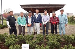 333-B地区第60回年次大会 記念植樹(市内)写真